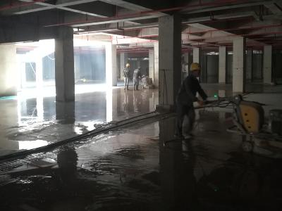 云南大理停车场装甲地坪持续施工中,欢迎您参观!