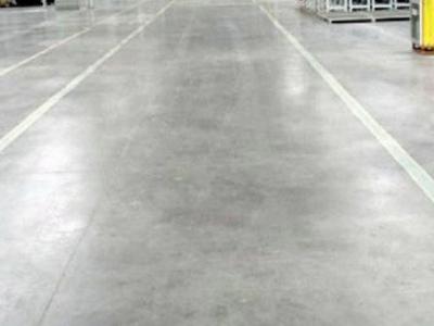 昆明装甲地坪告诉你密封固化剂地坪与环氧地坪的对比?