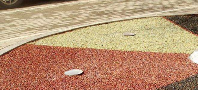 市政园林小区道路:透水胶粘石景观路面