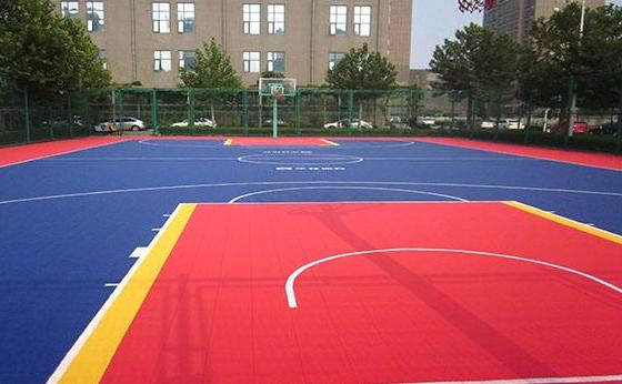 学校体育场:PVC运动地板