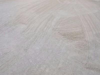 厂房车间水泥地起灰起沙怎么办?一次施工30年无尘