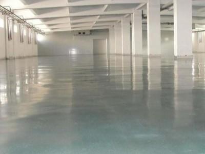 云南金刚砂耐磨地坪一次性成型施工工艺