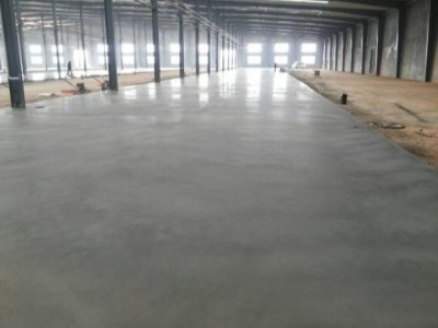 云南金刚砂耐磨地坪的养护细节和施工方法