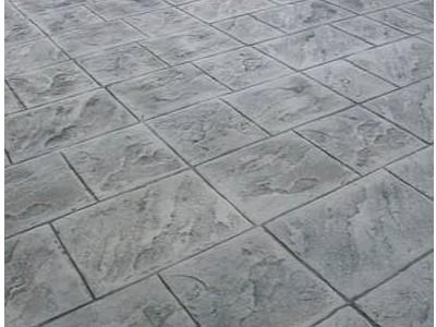 云南水泥压花地坪的特点有哪些?