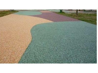 云南彩色陶瓷颗粒防滑路面有哪些施工工艺?